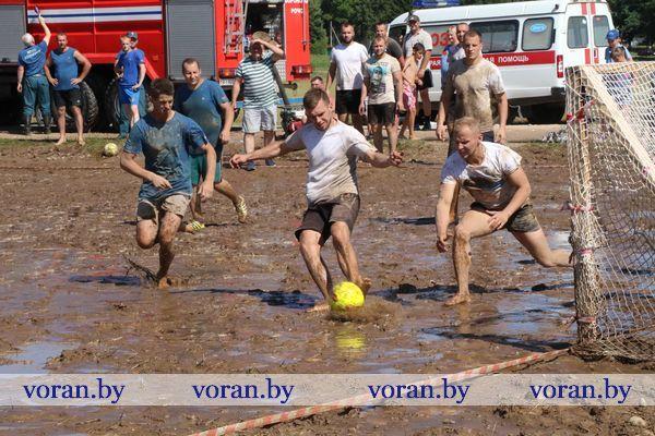 Вороновчане сыграют в болотный футбол и не только…