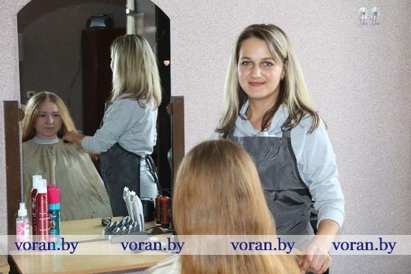 В конце июля в агрогородке Заболоть Вороновского района заработала парикмахерская. Она открылась благодаря поддержке местного сельхозпредприятия