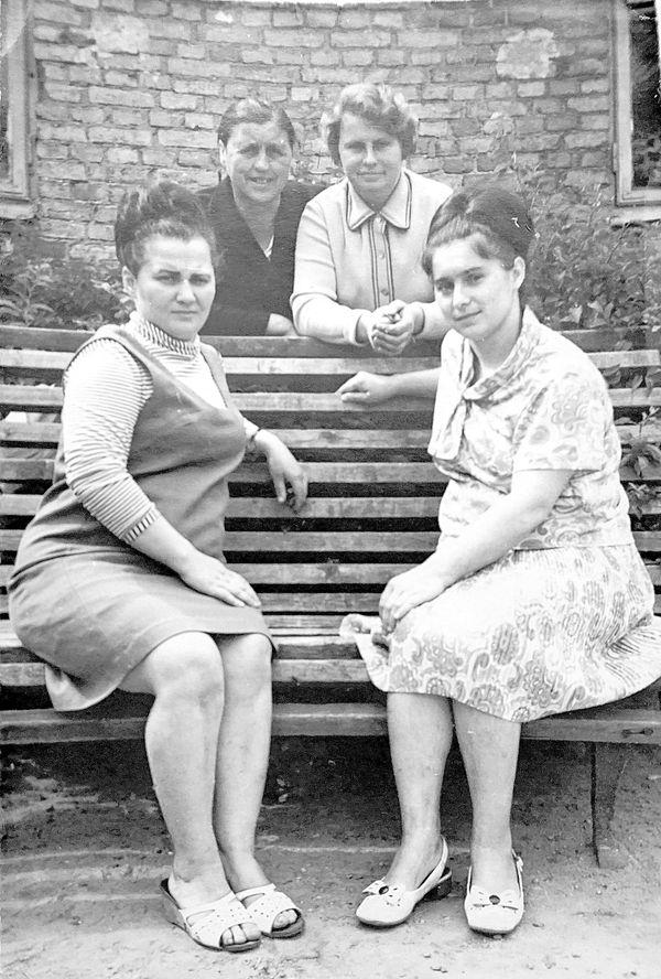 Работницы эпидемиологического отдела , 60-е годы