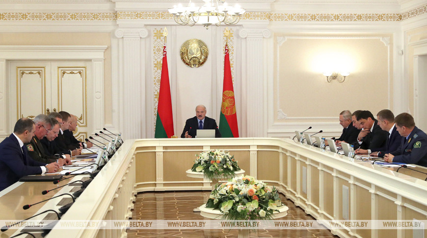 Развитие торговли duty free обсуждается на совещании у Президента Беларуси