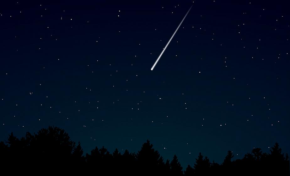 В небе над Беларусью, Россией и Литвой ночью пролетел метеор
