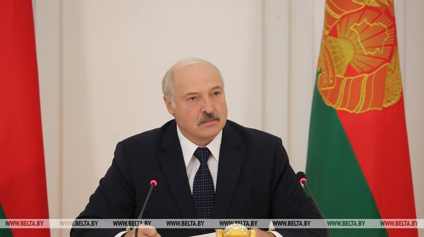 Лукашенко: положительные результаты работы экономики люди должны ощутить на себе