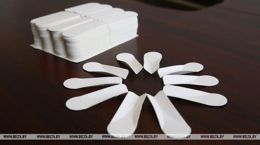 МАРТ обязал торговые объекты продавать пакеты и посуду из бумаги
