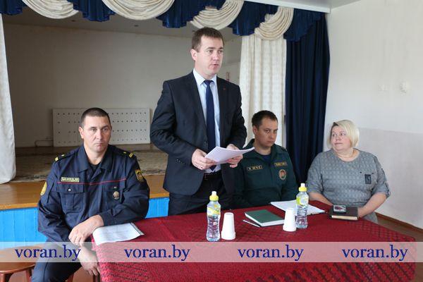 В рамках Единого дня информирования районная информационно-пропагандистская группа встретилась с коллективом Начского УПК