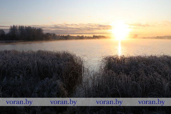 Уж реже солнышко блистало, уж все почти зимой дышало… Каким было утро последнего дня октября в Вороново (Фото)
