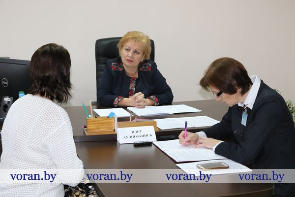 1 ноября представитель Администрации Президента Республики Беларусь Кристина Поболь провела прием граждан в Вороновском райисполкоме