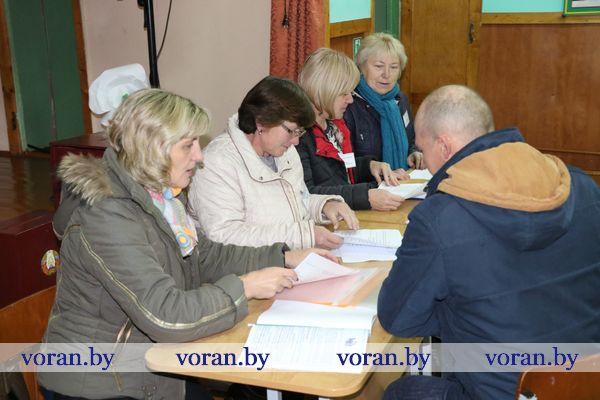 В Вороновском районе открыты избирательные участки. Дежурство организовано