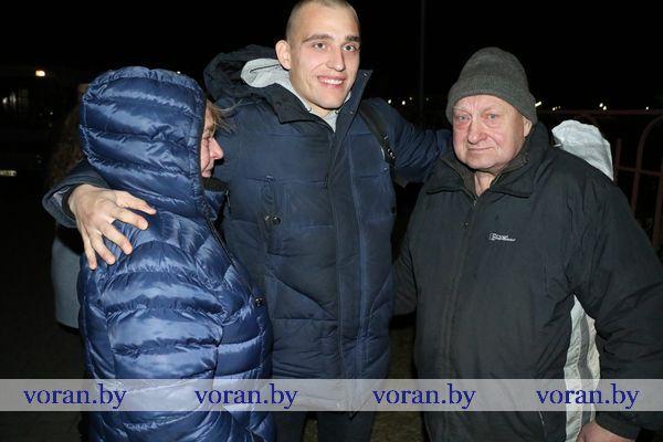 Будь лучшим солдатом, сынок! В военном комиссариате Вороновского района торжественно провожали новобранцев