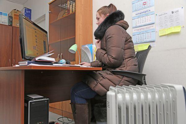 Профсоюзы проведут мониторинг соблюдения температурного режима в организациях