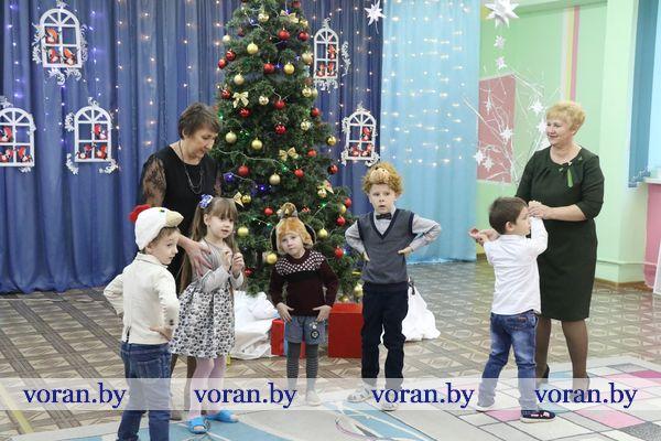 Воспитанники Вороновского центра коррекционно-развивающегося обучения и реабилитации принимали поздравления с новогодними праздниками