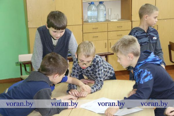 Театральные подмостки, спортивные старты и будущие журналисты. Как школьники Вороновщины провели свой досуг во время зимних каникул?
