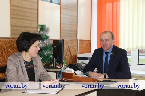 Первый в новом году прием граждан на Вороновщине провел депутат Палаты представителей Национального собрания Республики Беларусь Павел Михалюк