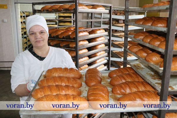 Новая линия по производству булок, батонов и пшеничных сортов хлеба запущена на хлебопекарне Вороновского филиала Гродненского облпотребобщества (Фото, Видео)