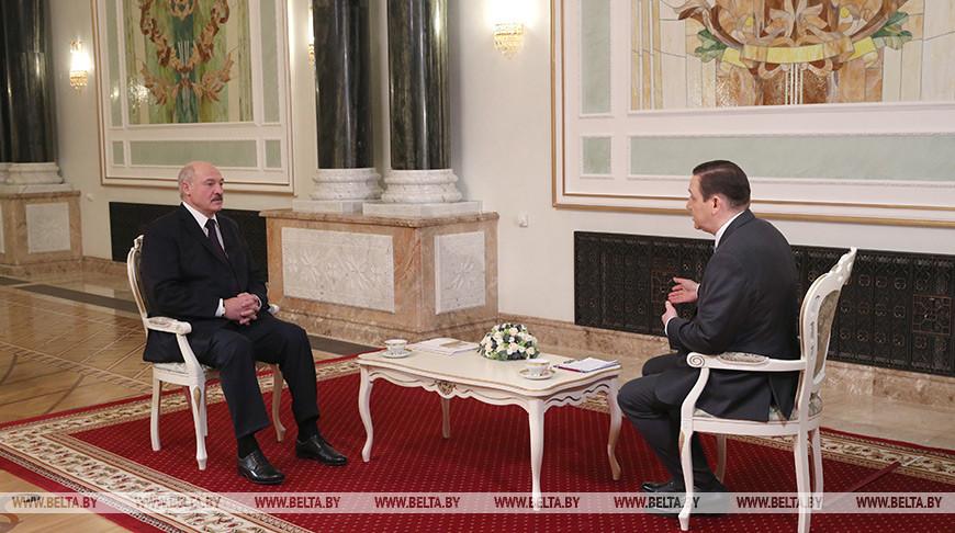 Александр Лукашенко дает интервью телерадиокомпании «Мир»