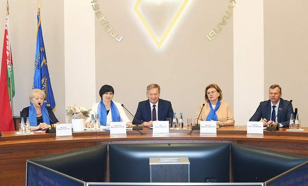 Активные и заботливые. Представительницы Вороновщины приняли участие во встрече с активом Белорусского союза женщин в Гродно