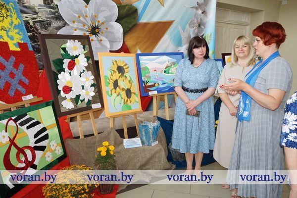 Выставку работ умелиц Вороновщины инициировала районная организация Белорусского союза женщин (Дополнено)