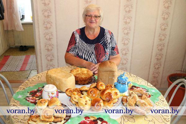 Хлебных дел мастерица