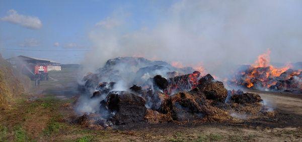 В Вороновском районе горели скирды