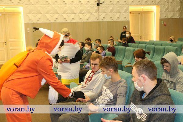 «Не жди белочку. Туши окурок!» Учащиеся Вороновского колледжа присоединились к информационно-пропагандистской кампании МЧС Беларуси