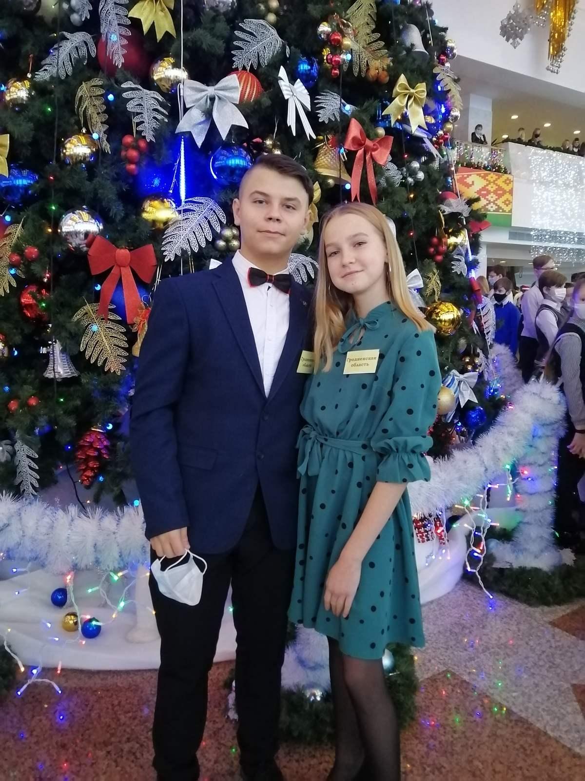 На главной елке страны во Дворце Республики побывали школьники Вороновщины – Арина Дорняк и Данила Трахимчик
